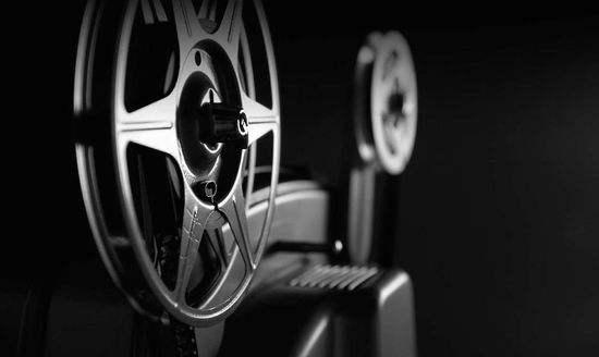 http://rongyiedu-guanwang.oss-cn-beijing.aliyuncs.com/如何应聘做一名电影制片人 制片人入行分析