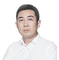 杨东 联合创始人 电影制片人,和力辰光副总裁